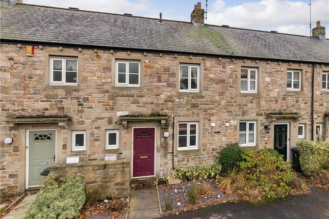 3 bed terraced house for sale in Drovers Walk, Hellifield, Skipton BD23