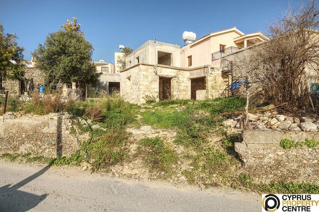 Property for sale in Zaromenis, Pafos, Pegeia