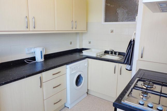 Thumbnail Flat to rent in Highmoor Court, Highmoor Avenue, Moortown, Leeds