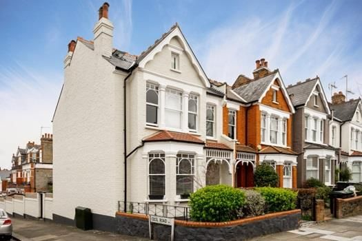 Thumbnail Semi-detached house to rent in Muswell Hill, London