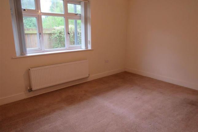 Bedroom 2 of Faversham Road, Kennington, Ashford TN24