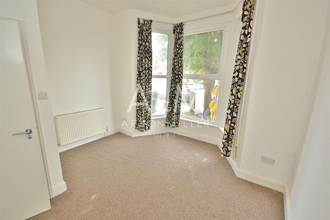 Thumbnail Flat to rent in Beaufort Gardens, Cranbrook, Ilford