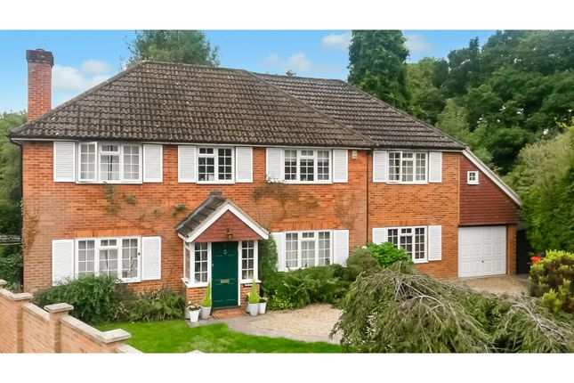 Thumbnail Detached house for sale in Ridge Close, Woking