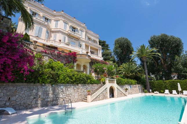 Apartment for sale in Croix Des Gardes, French Riviera, France