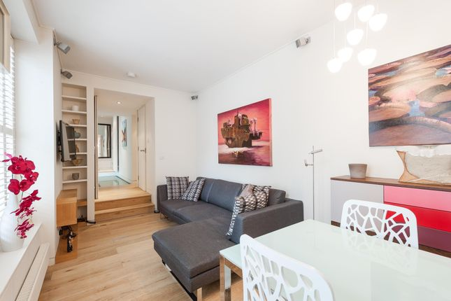 2 bed flat to rent in Gloucester Avenue, London