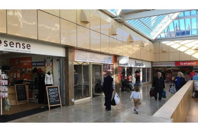 Thumbnail Retail premises to let in Unit 17, Roebuck Shopping Centre, High Street, Newcastle-Under-Lyme, Staffordshire, UK