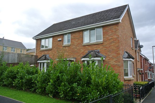 Thumbnail Semi-detached house for sale in Hanbury Grove, Pontypool