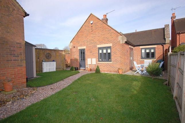 Thumbnail 2 bed bungalow to rent in Bradshaw Drive, Holbrook, Belper
