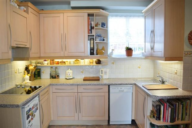 Thumbnail Property for sale in Maltravers Street, Arundel, West Sussex