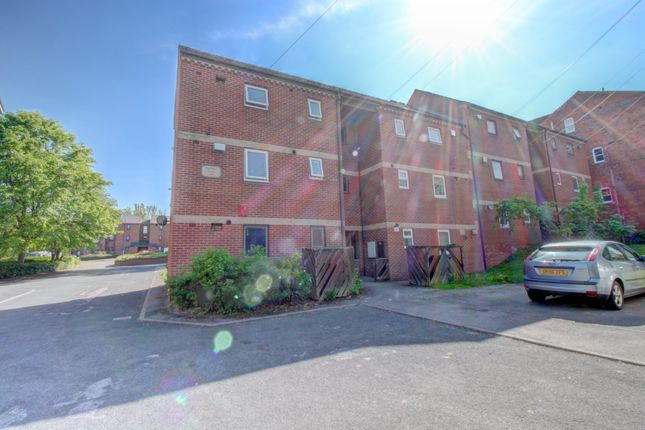 Photo #7 of Sholebroke Avenue, Leeds LS7