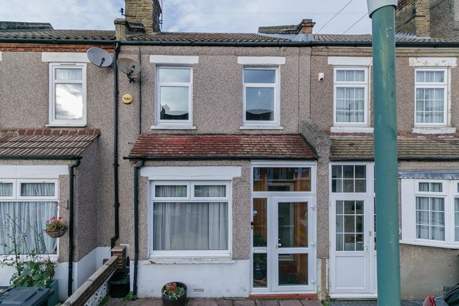 Thumbnail Terraced house for sale in Fulwich Road, Dartford