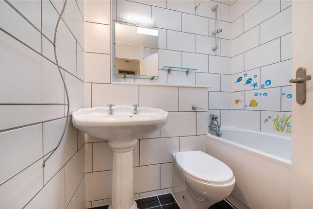 Bathroom of The Colonnades, 34 Porchester Square, London W2