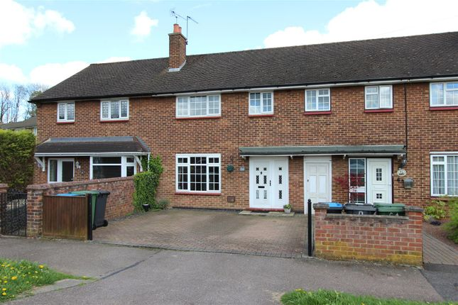 Thumbnail Terraced house for sale in New Park Drive, Adeyfield, Hemel Hempstead