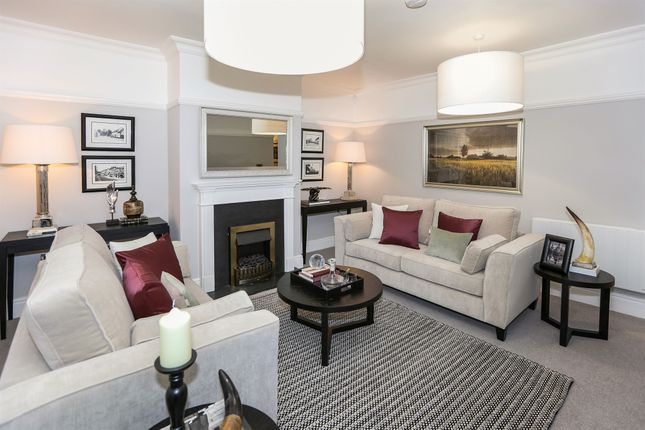 Thumbnail Flat for sale in Street, Pershore