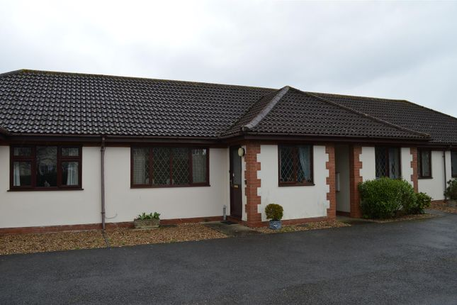 Thumbnail Semi-detached bungalow to rent in Copeland Court, Sleaford