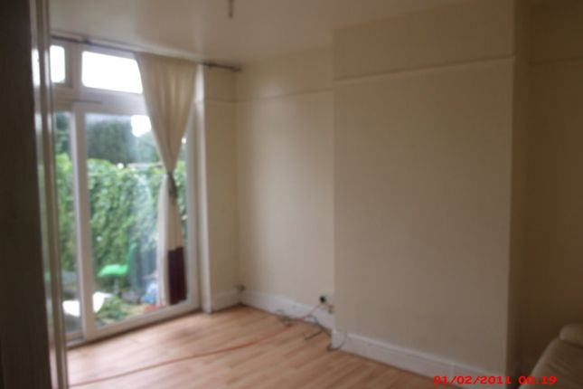 Thumbnail Flat to rent in Maryport Road, Luton