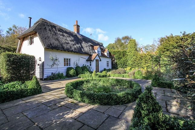 Thumbnail Cottage for sale in Great Hormead, Near Buntingford, Hertfordshire