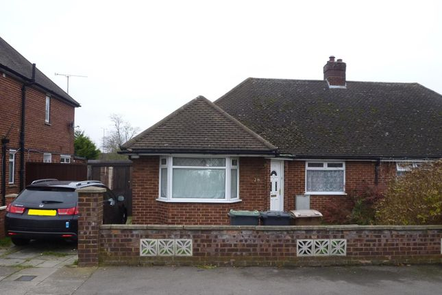Thumbnail Semi-detached bungalow for sale in Faringdon Road, Luton