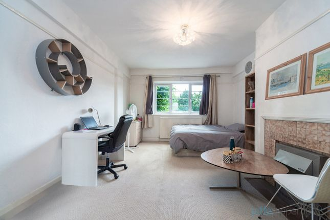 4 bed flat for sale in West End Lane, London NW6