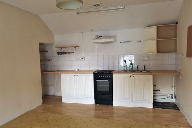 Thumbnail Flat to rent in Rosehill, Penzance