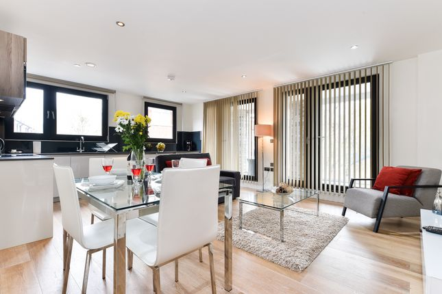 Thumbnail Flat to rent in Rothsay Street, London