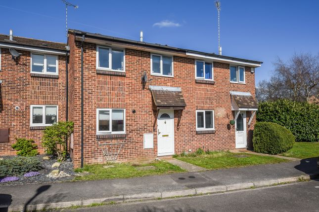 3 bed terraced house to rent in Crane Court, College Town