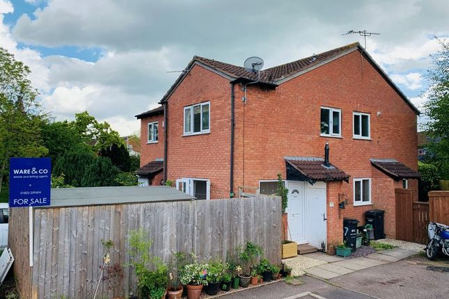 Thumbnail Terraced house for sale in Larkspur Close, Taunton
