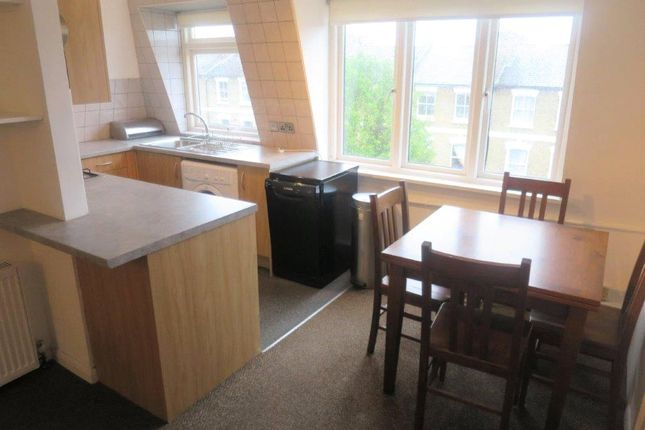 Thumbnail Flat to rent in Shaftesbury Road, London