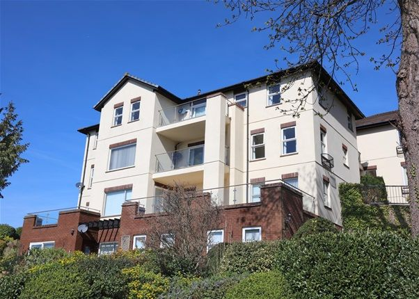 Thumbnail Flat for sale in Middle Warberry Road, Torquay