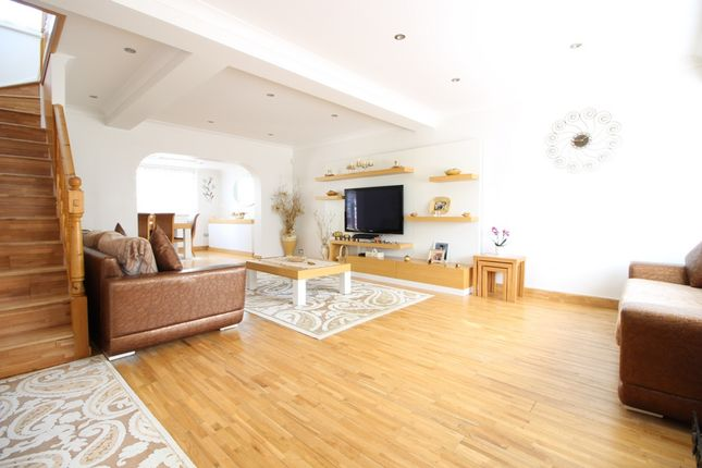 Thumbnail Semi-detached house to rent in Shaw Road, Enfield/London