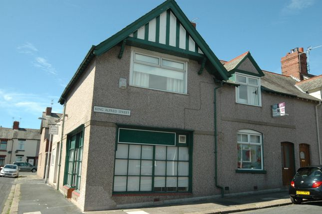 Thumbnail Flat to rent in King Alfred Street, Barrow In Furness