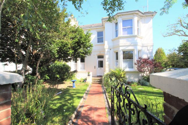 Thumbnail 1 bed flat to rent in Shelley Road, Worthing