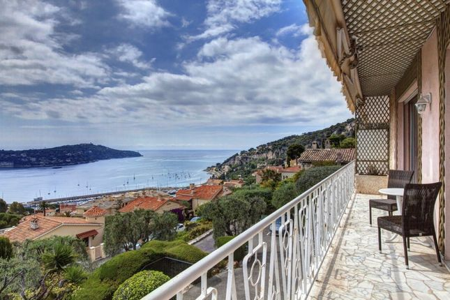 2 bed apartment for sale in Villefranche Sur Mer, Alpes Maritimes, France
