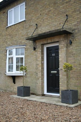 Room to rent in Room 2, New Farm Road, Colchester CO3