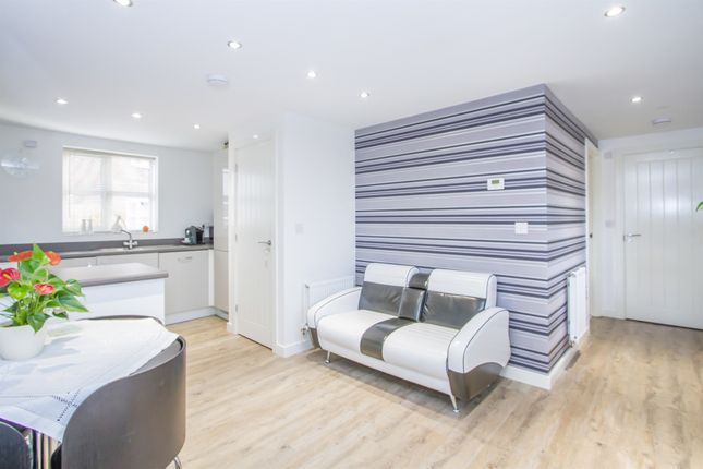 Thumbnail Flat for sale in Burton Way, Fleckney, Leicester