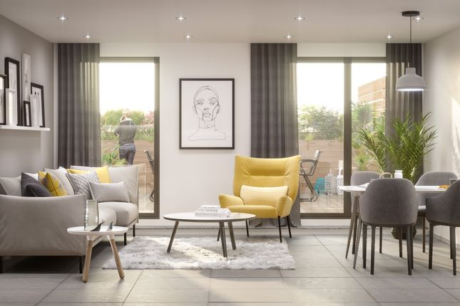 Thumbnail Flat for sale in Whitehall Road, Leeds