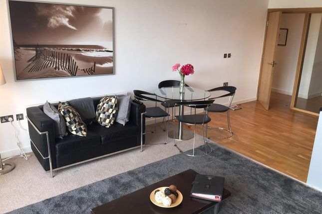Thumbnail Flat to rent in Quayside Lofts, The Close, Newcastle Upon Tyne