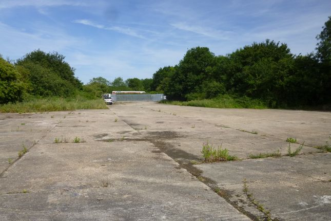 Thumbnail Land to let in Nr Eastgate Hangar, Little Staughton