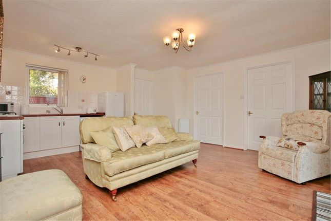 Thumbnail Semi-detached bungalow for sale in Perkins Upper Road, Kennington, Oxford