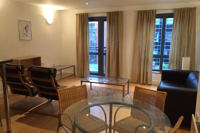 2 bed flat to rent in Lake House, Castlefield Locks, Ellesmere St