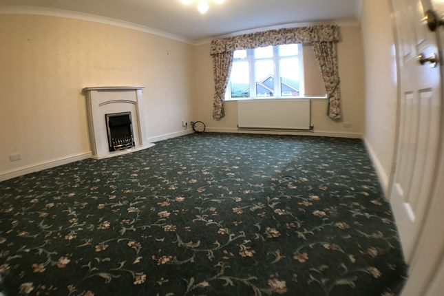 Thumbnail Bungalow to rent in The Ridings, Hull