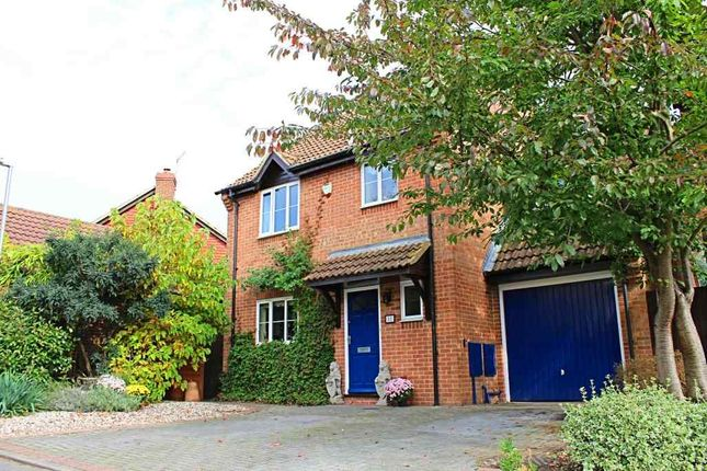 Thumbnail Detached house for sale in Ashman Road, Thatcham