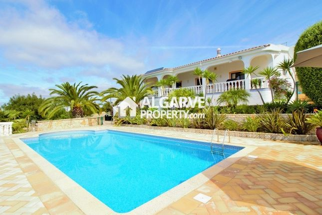 6 bed villa for sale in Soalheira, Loulé (São Clemente), Loulé Algarve