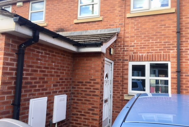 Thumbnail Town house to rent in Egerton Road, New Ferry, Wirral