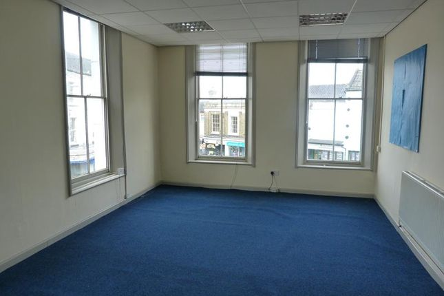 Thumbnail Office to let in Upper Floor Offices, Market Place, North Walsham, Norfolk