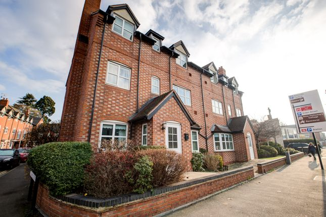 Thumbnail Flat for sale in Birmingham Road, Stratford Upon Avon