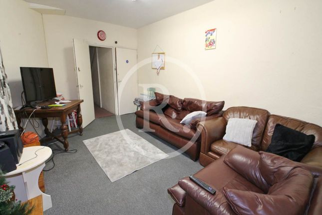 Thumbnail Flat to rent in Terrace Road, Aberystwyth, Ceredigion