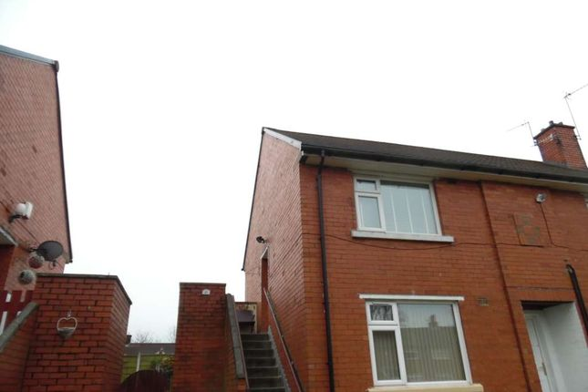 Thumbnail Flat to rent in Derwent Drive, Shaw, Oldham