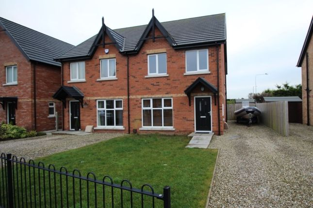 Thumbnail Semi-detached house to rent in Cotswold Gardens, Bangor