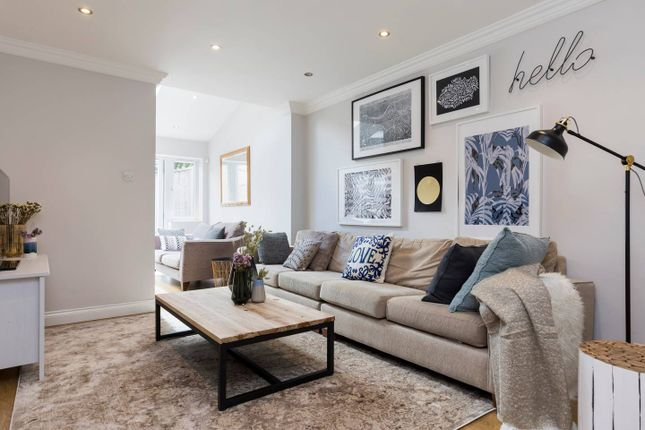 Thumbnail Flat to rent in 116 Netherwood Street, London